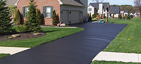Rockford Asphalt Sealcoating Contractor, Rockford Blacktop Sealcoating Contractor, Asphalt Sealcoating, Blacktop Sealcoating
